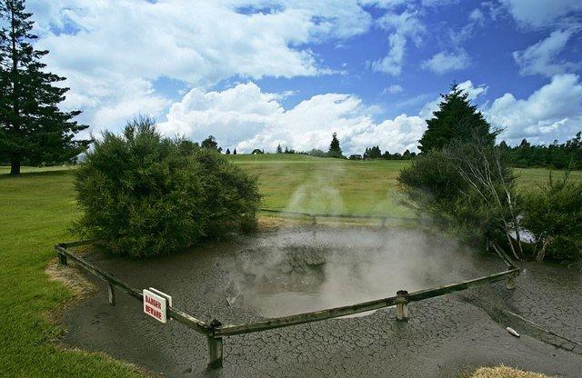 Những sân golf  làm khó người chơi nhất thế giới - Ảnh 7.