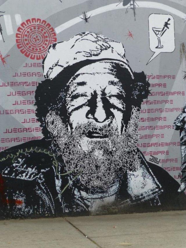 Đường phố Bogotá thu hút du khách nhờ Graffiti - Ảnh 8.