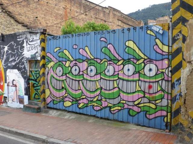 Đường phố Bogotá thu hút du khách nhờ Graffiti - Ảnh 9.