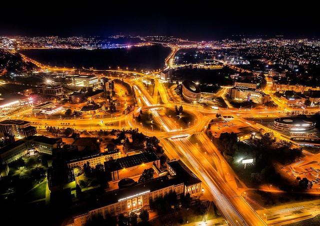Ngắm vẻ đẹp như tranh vẽ của Litva từ flycam - Ảnh 9.