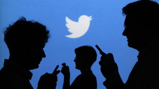 Các bot trên mạng xã hội là tội đồ chính gieo rắc tin giả - Ảnh 1.