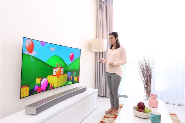 Lột xác phòng khách bằng 1 thao tác với TV Samsung - Ảnh 4.