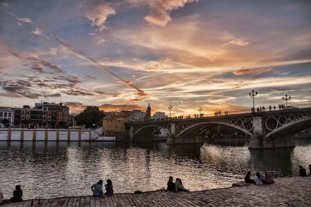 Những thành phố tốt nhất cho du khách yêu mùa đông - Ảnh 1.