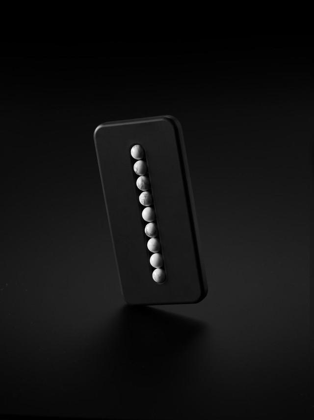 Thiết kế điện thoại để 'cắt cơn' cho 'con nghiện điện thoại' - Ảnh 2.