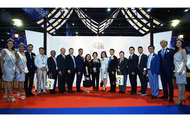 Hơn 12.000 khách đến Hội chợ Vàng - Đá quý Thái Lan 2017 - Ảnh 1.