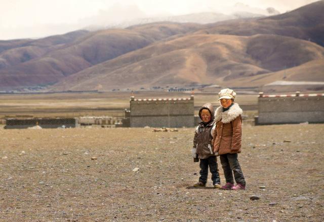 Nếu bạn từng lên voi xuống chó, sẽ thấy nhân tình thế thái vô thường ở Tây Tạng - Ảnh 10.