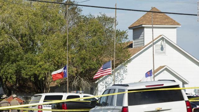 FBI lại yêu cầu Apple mở khóa điện thoại kẻ xả súng ở Texas - Ảnh 1.