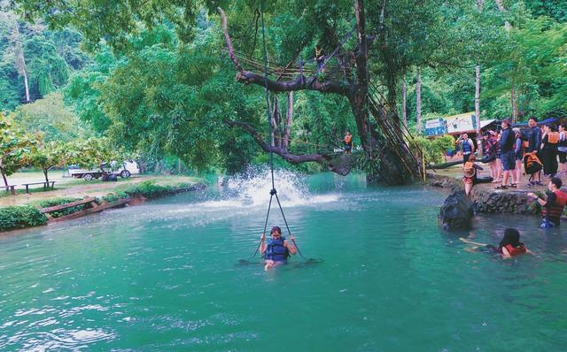 Rong chơi như Tarzan ở Vang Vieng - Ảnh 10.