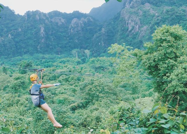 Rong chơi như Tarzan ở Vang Vieng - Ảnh 8.