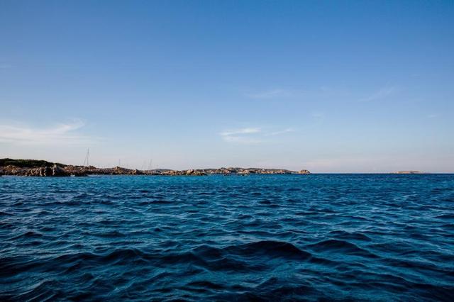Robinson hiện đại 28 năm sống cô độc trên đảo hoang vắng - Ảnh 11.