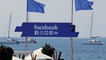 Facebook không bán quảng cáo cho những trang tung tin giả