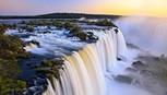 Vẻ đẹp hùng vĩ khiến triệu người ngẩn ngơ của thác Iguazu