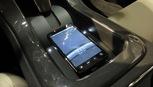 Những mẫu xe hơi hỗ trợ sạc không dây cho iPhone 8 và iPhone X