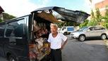Khi người bán bánh mì 'về hưu' để đi du lịch