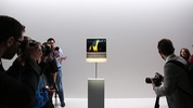 "Khám phá Apple MacBook ""siêu mỏng"" mới"