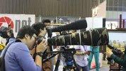 """Đi thử ống kính """"khủng"""" tại triển lãm VIPI"""