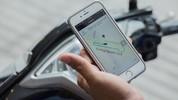 """Uber giới thiệu """"xeôm"""" UberMoto, GrabBike phản pháo"""
