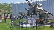 Robot khổng lồ Trung Quốc thách đấu với robot Mỹ