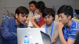 Hơn 100 lập trình viên tham gia Việt Nam Mobile Hackathon của Google