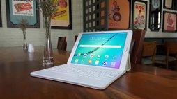Galaxy Tab S2: biến đổi giữa tablet và laptop