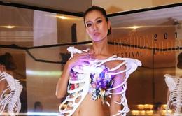 1.000 thiết kế thời trang ra phố đi bộ Nguyễn Huệ