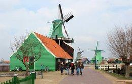 Làng Zaanse Schans làm du lịch