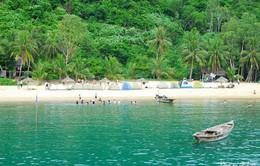 Biển xanh và cát trắng Cù Lao Chàm