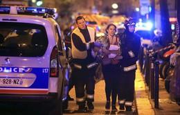 Du khách Việt ở Paris vẫn an toàn sau vụ khủng bố