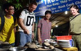 Thưởng thức món ăn bình dân Sài Gòn