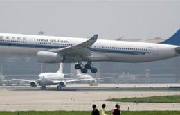 Trung Quốc vung tiền chiêu mộ phi công