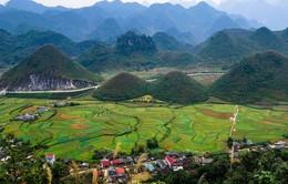 CNN: Khám phá Việt Nam bằng xe máy, tại sao không?
