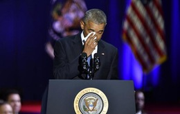 Những giọt nước mắt ấm áp của gia đình ông Obama
