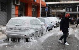 Lạnh giá tiếp tục 'càn quét' châu Âu, 61 người chết