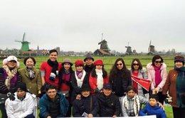 Người Việt kéo nhau đi nước ngoài chơi tết