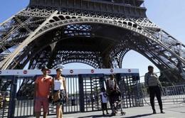 Pháp xây 'hàngrào' chống đạn bảo vệ thápEiffel