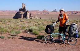 50 năm đi xe đạp vòng quanh thế giới