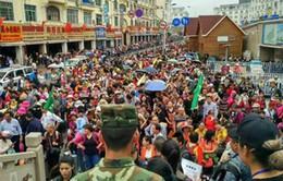 Khách Trung Quốc tăng đột biến dịp cuối tuần tạiQuảng Ninh