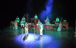Mở tour đến Nhà hát lớn Hà Nội