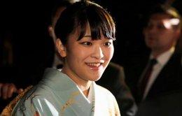 Công chúa lấy chồng luật sư, dân Nhật lại bàn luận