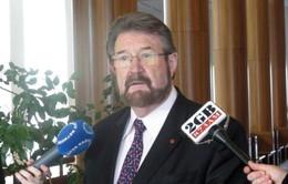 Úc muốn cấm xuất cảnh với những kẻ ấu dâm