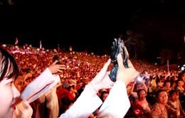 Thiếu nữ dâng trầm ngào ngạt lễ khai mạc Festival biển Nha Trang