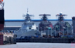 Trung Quốc đóng tàu chiến như gà đẻ trứng