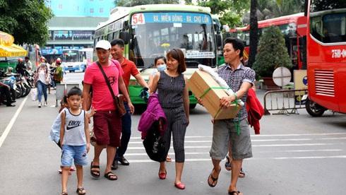 Dịp 2-9, TP.HCM tăng chuyến xe đò chở khách du lịch Vũng Tàu, Phan Thiết, Nha Trang