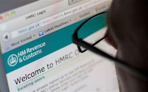 Cẩn thận với các email đính kèm bản khai thuế VAT - Ảnh 2.