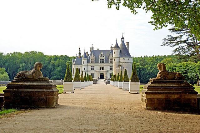 Tham quan tòa lâu đài của những quý bà ở Pháp - Ảnh 1.