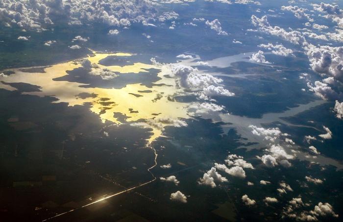 Bay trên những dòng sông Việt - Ảnh 1.