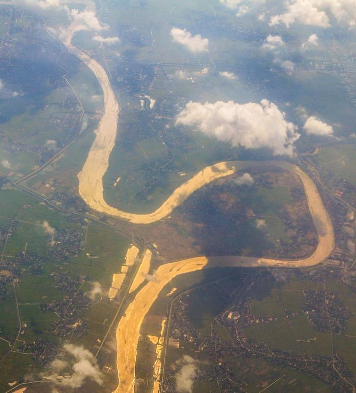 Bay trên những dòng sông Việt - Ảnh 2.