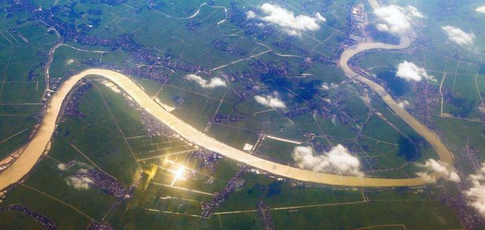 Bay trên những dòng sông Việt - Ảnh 4.