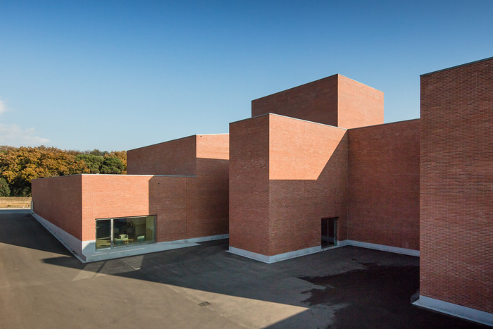 Tham quan 9 công trình bằng gạch đặc sắc nhất thế giới - Ảnh 29.