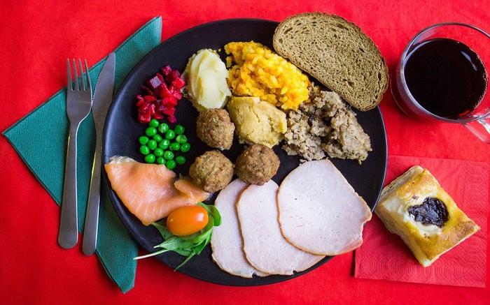 Thế giới ăn gì vào bữa tối Giáng sinh? - Ảnh 11.